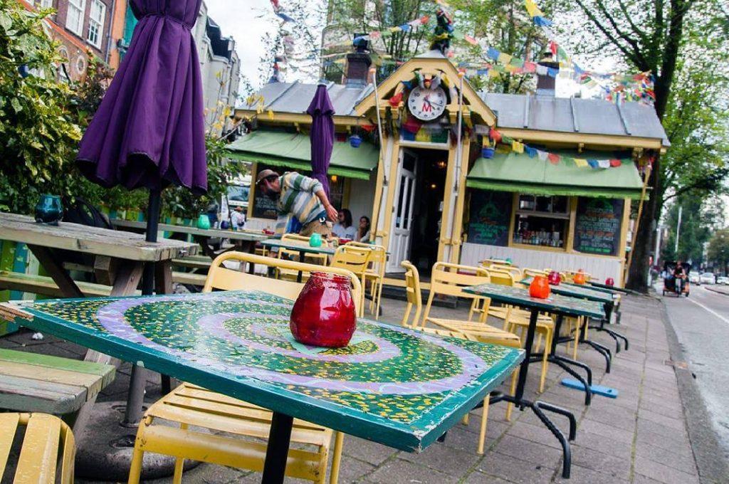 Egy kis nyugi Amszterdamban #relaxinamsterdam #amsterdam #amszterdam #netherlands #hollandia #utazás #travelblog #coffee #café #vanlife